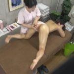 貧乳女性がバストアップエステサロンでお尻や股間を繊細に触られたり胸を刺激されている姿が隠し撮りされてる